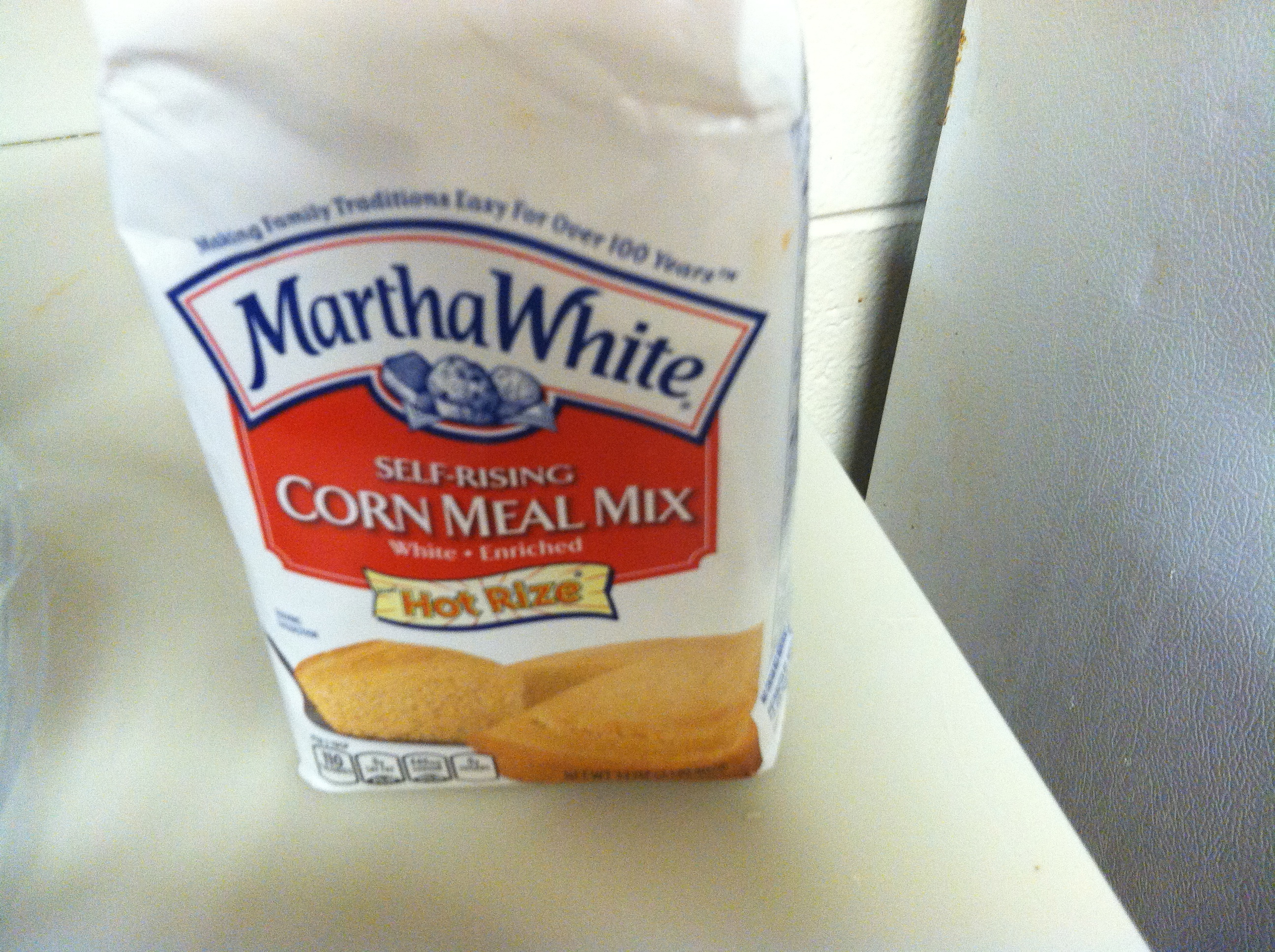 Still not sure if cornmeal and cornstarch are the same thing