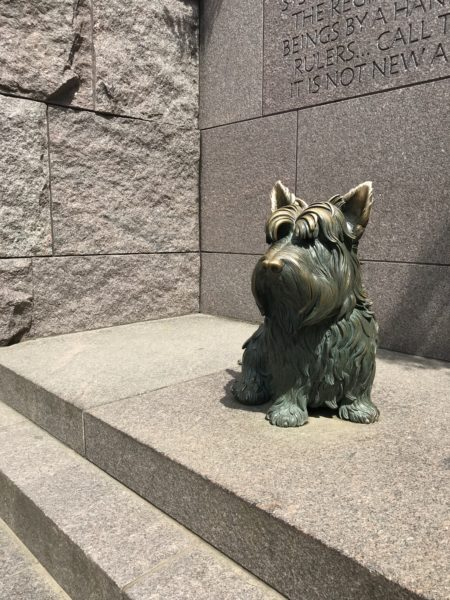 Metal Stature of Fala, FDR's beloved Scottish Terrier at the Franklin Delano Roosevelt Memorial.